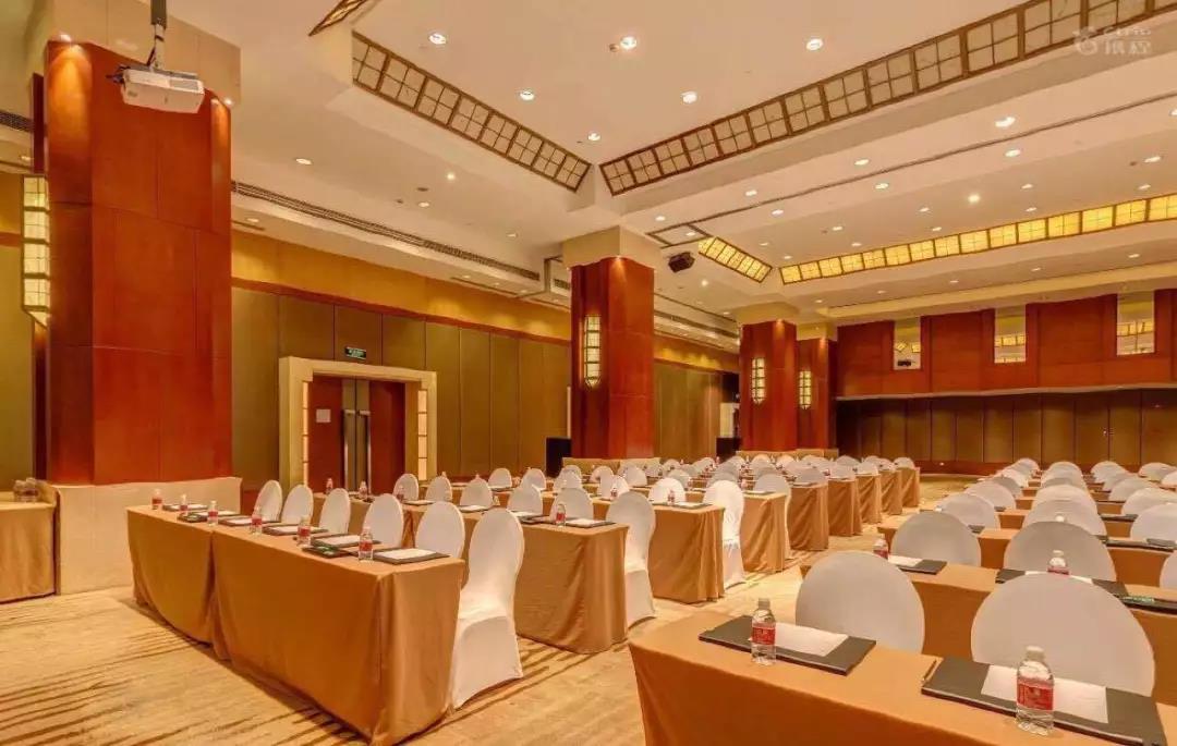 会议厅面积350平